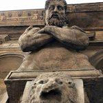 מילאנו: קאזה דלי אומנוני – ביתם של שמונת הענקים
